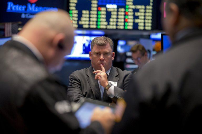 Старт очередного сезона отчетности в США не задал направление движению фондовых рынков