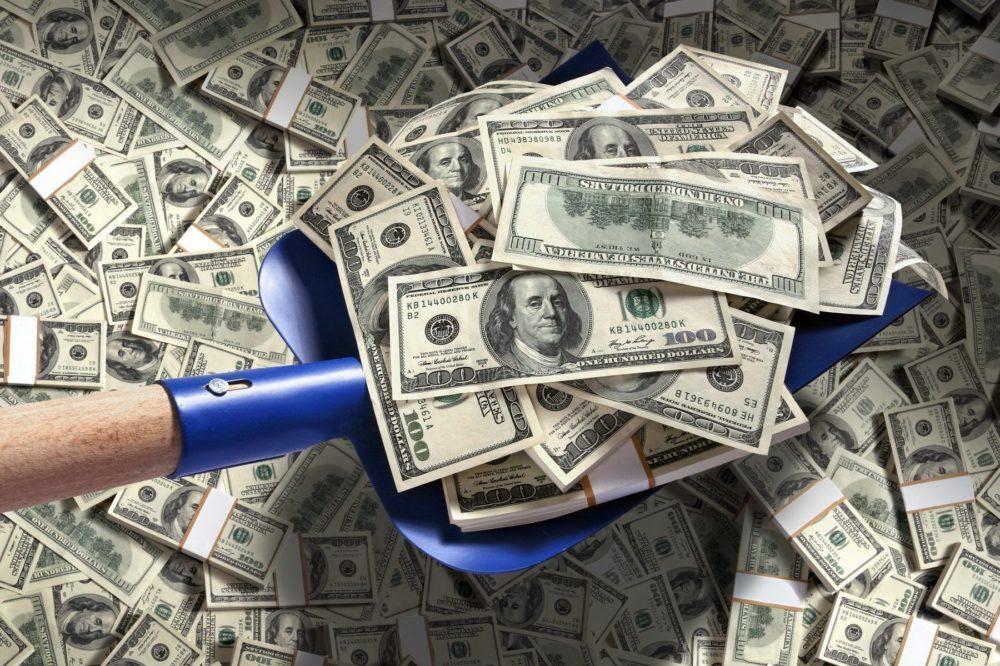 Доллар США – в любой непонятной ситуации…